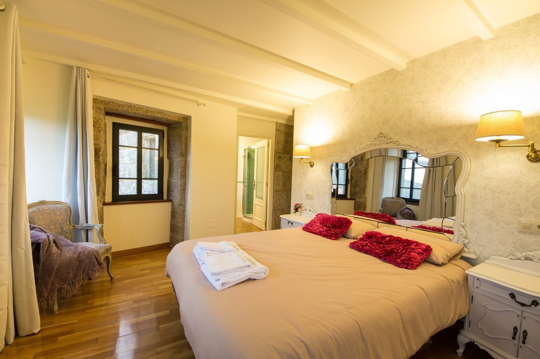 Extra large bed in holiday home